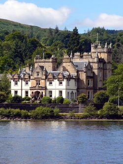 450px-Loch_Lomond_Cameron_House